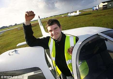 Boy, 16, becomes UK's youngest ever solo pilot… thanks to practising on his Xbox thumbnail