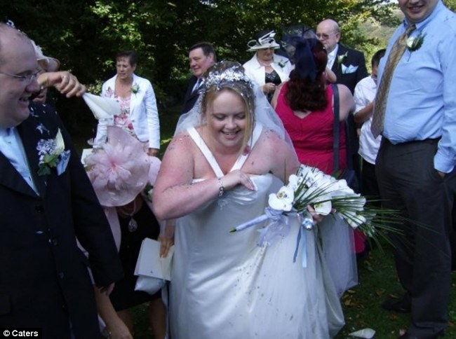UK woman stole $835k for dream wedding thumbnail