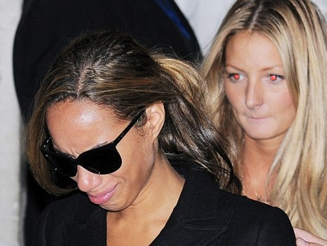 Leona Lewis punched in the face by thug at book signing thumbnail