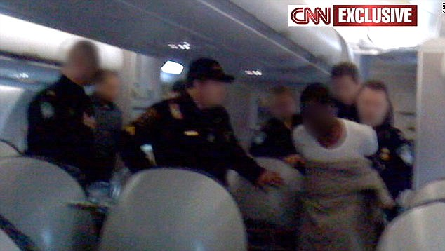 Nigerian accused of attacking US passenger jet thumbnail