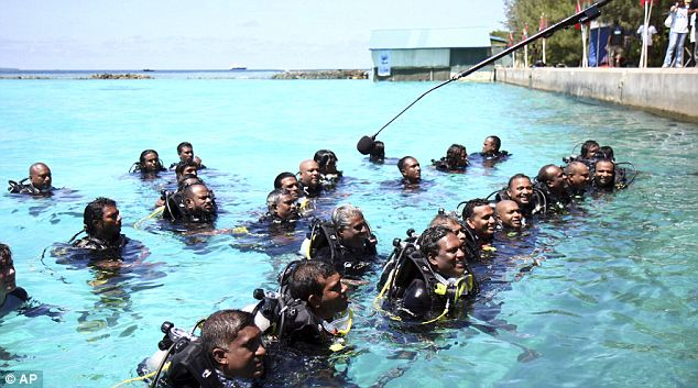 maldives+gov+underwater+4